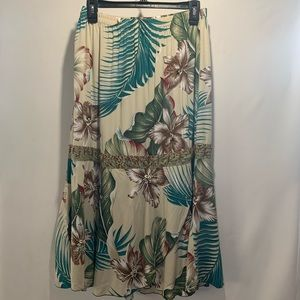 Ku de Ta Skirt - Floral With Beads And Sequin Sz S